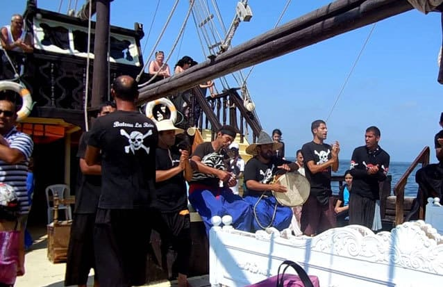 Ile maurice : ambiance festive sur le bateau pirate de l'ile aux cerfs