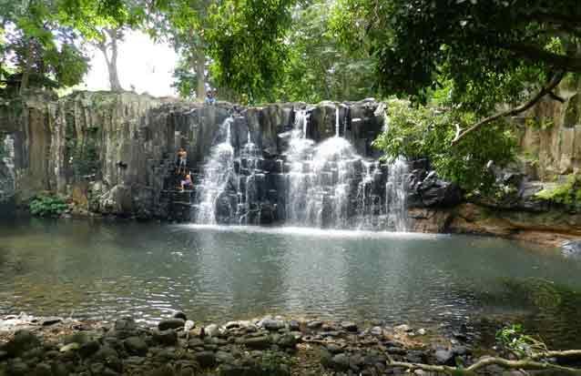 rockfalls : une des plsu belles cascades de l'ile maurice